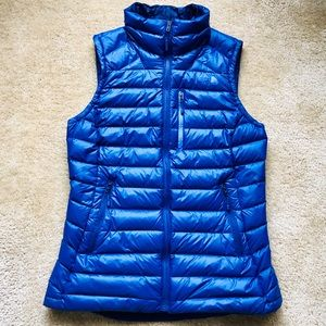 NWOT North Face 800 Vest Jacket Puffer Blue Small